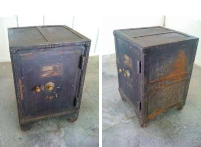 safe find antique safe from kentucky bank the coinologist. Black Bedroom Furniture Sets. Home Design Ideas