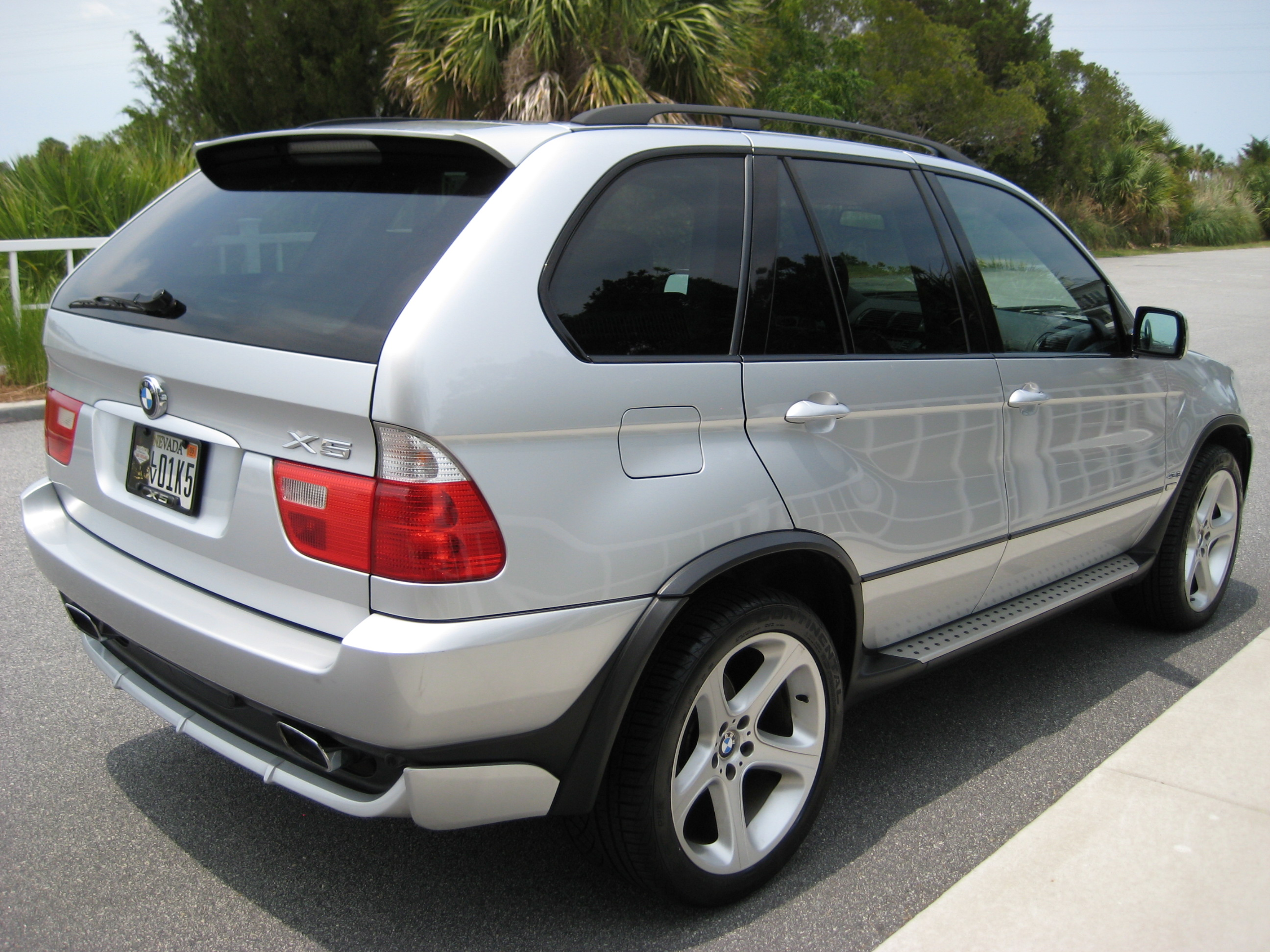 2003 bmw x5 the coinologist. Black Bedroom Furniture Sets. Home Design Ideas